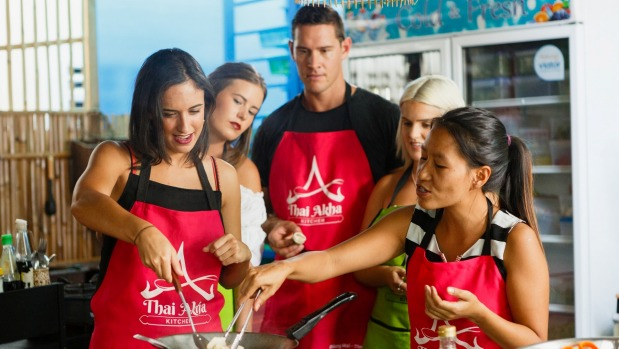 1491963421383 - Alice Brine's Bachelor: Thai-tanic