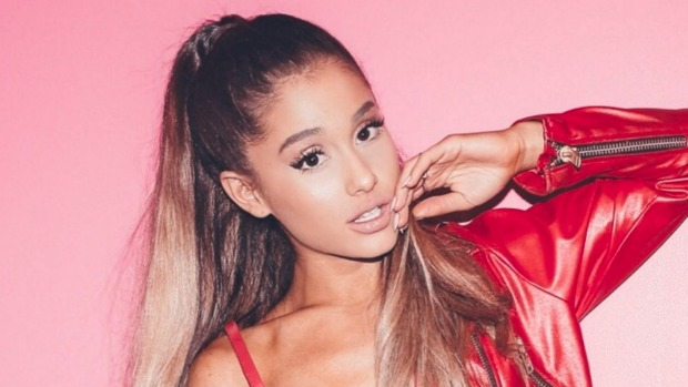 1492716212774 - Ariana Grande wants you to move Side to Side at her Auckland show