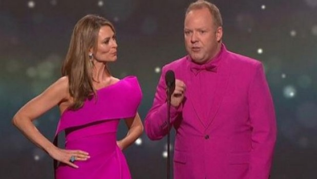1492987352347 - Peter Helliar, Kat Stewart mock Amber Sherlock 'jacketgate' video at 2017 Logie awards