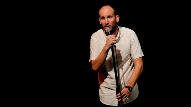1493247351665 - Blenheim-raised comedian Tony Lyall takes to NZ International Comedy Festival stage