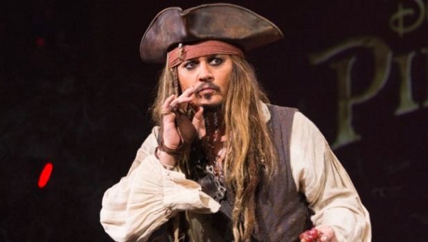 1493353296895 - Johnny Depp makes surprise appearance in Pirates of the Caribbean ride