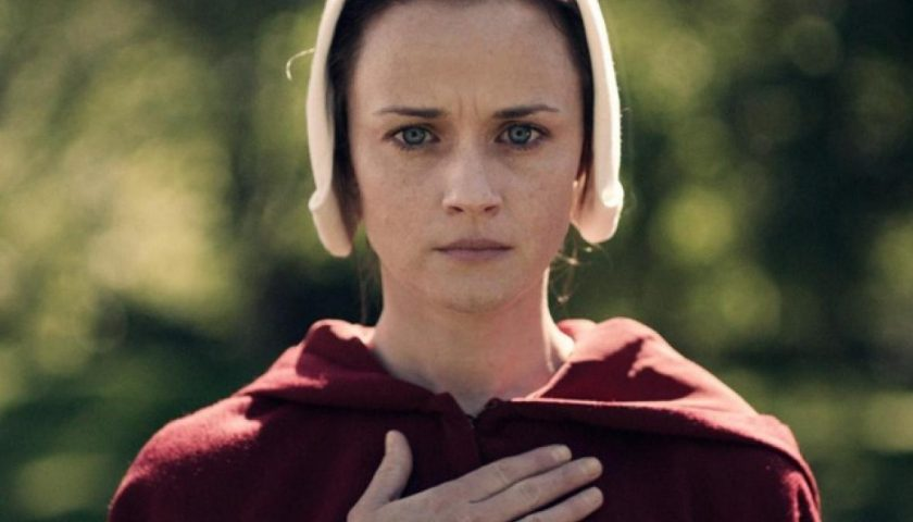 21alexisbledelhandmaidstale 840x480 - Alexis Bledel As Ofglen in The Handmaid's Tale Is the Role She Was Born to Play