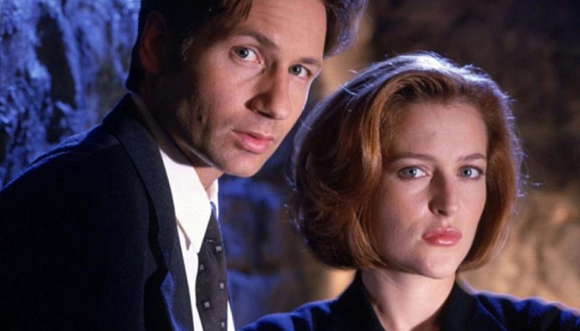 4e48c47a3102ac182bb1e80e6faabee3 840x480 - David Duchovny and Gillian Anderson Are Returning to The X-Files Again—This Time, in an Audiobook