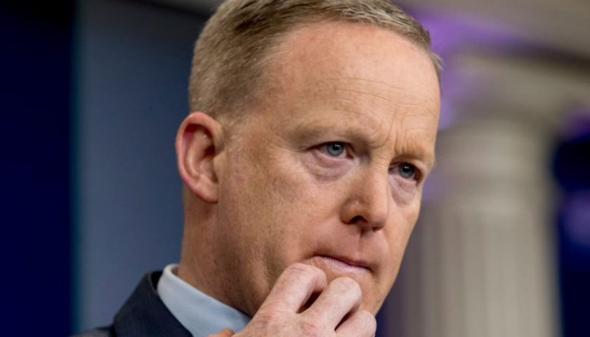 river 384 840x480 - Spicer apologises over 'insensitive' Hitler remarks amid calls for him to be fired