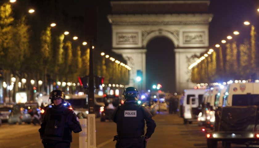 river 508 840x480 - Paris shooter identified as 39-year-old Frenchman who was known to police