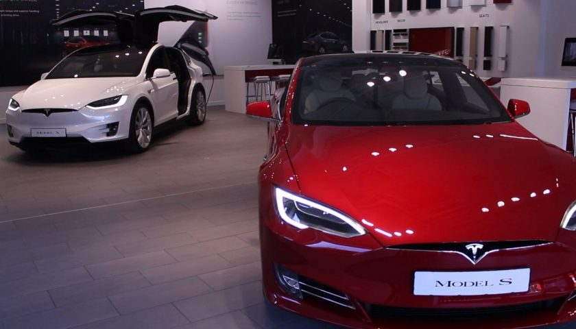 river 622 840x480 - Autopilot and Ludicrous mode: These high-tech Tesla electric cars have arrived in Ireland