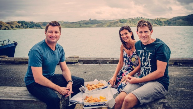 1493689343964 - George Clarke follows young couple's tiny house build in Raglan