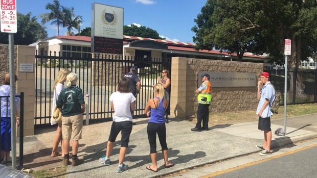 1493788754550 - Multiple bomb hoaxes shut down Australian high school